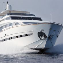 Las Brisas Yacht