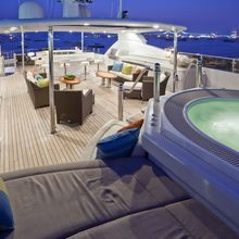 BB Yacht Jacuzzi & Seating