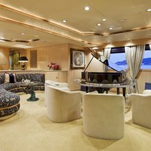 FAM Yacht Salon - Side View
