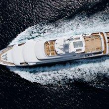 Horizons III Yacht Running Shot - Overhead