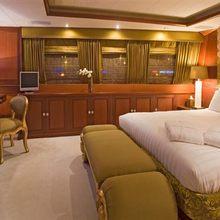 Dream Yacht Master Stateroom