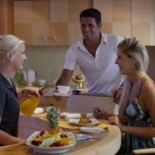 Bella Vita Yacht Breakfast Service