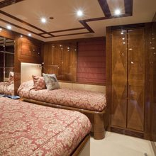 BB Yacht Twin Stateroom