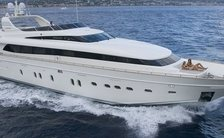 BERTONA III joins charter fleet for the first time in Ibiza