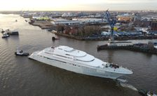 motor-yacht-opera