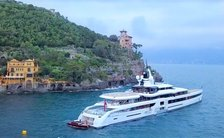 Lady S luxury yacht in Portofino