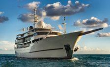 Superyacht CHAKRA on water