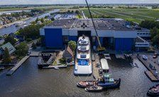 VIDEO: Feadship Project 818 makes first appearance