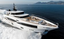 majesty 100 yacht underway