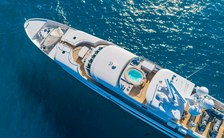 Newly refitted MI AMORE now available for charter in the Bahamas