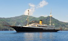 Luxury yacht NERO: freshly refitted and ready for charter