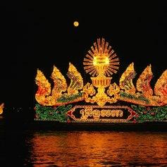 River show in Phnom Penh