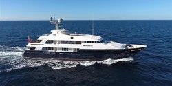 Picnic yacht charter