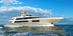 My Seanna yacht charter