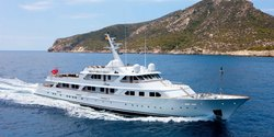 Mirage yacht charter