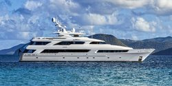 Victoria Del Mar yacht charter