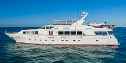 Haven yacht charter
