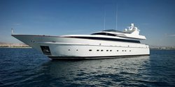 Feligo V yacht charter