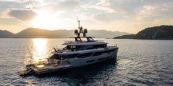 Rebeca yacht charter