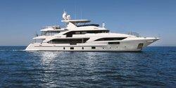 Happy Me yacht charter