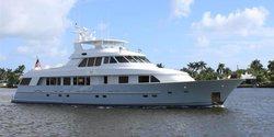 Crescendo IV yacht charter