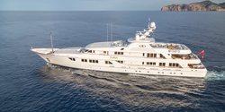 Callisto yacht charter