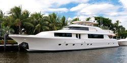 Wild Kingdom yacht charter