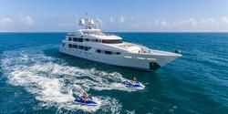 Chasing Daylight yacht charter