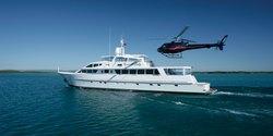 Emerald Lady yacht charter