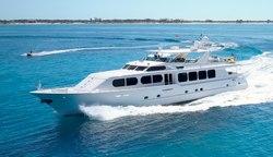 Il Capo yacht charter