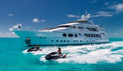 Lady Joy yacht charter
