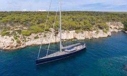 G2 yacht charter
