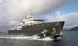 Yersin yacht charter