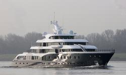 Symphony yacht charter