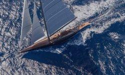 Rainbow yacht charter