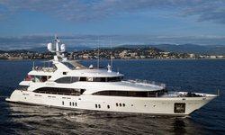 Hom yacht charter
