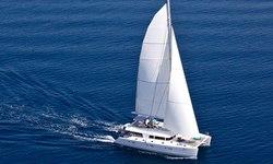 Nova yacht charter