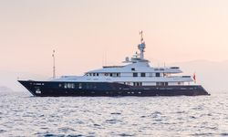 Rare Find yacht charter