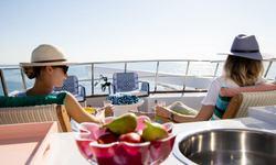 Sea Breeze III yacht charter
