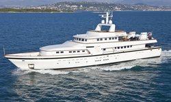 Curiosity yacht charter