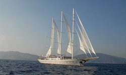 The Langley yacht charter