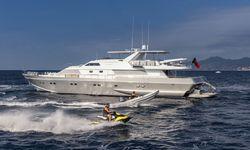 Antisan yacht charter