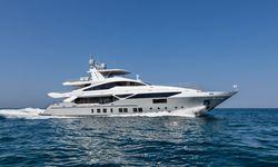'H yacht charter