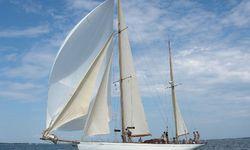 Talisman yacht charter