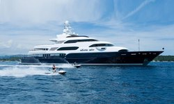 Horizons III yacht charter