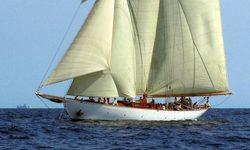 Doriana yacht charter