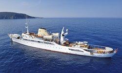 Christina O yacht charter