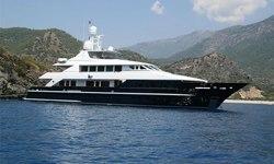 Lady Azul yacht charter