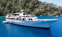 Alhambra yacht charter