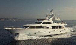 Salu yacht charter